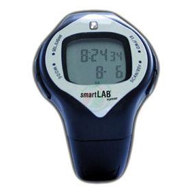 Slika SmartLab ura s prikazom srčnega utripa in porabe kalorij