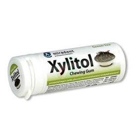 Slika Xylitol varovalni žvečilni gumi s 100 % xylitola z okusom zelenega čaja, 30 žvečilnih gumijev