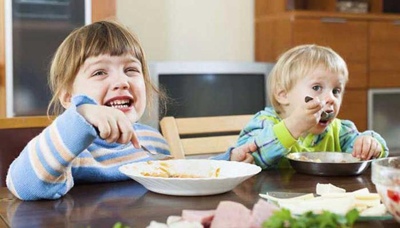 Picture of Režim prehranjevanja otroka in diplomacija za jedilno mizo!