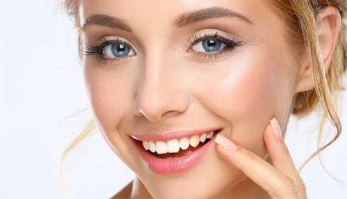 Ali je lahko pretirano ščetkanje težavno in povzroča afte v ustih?